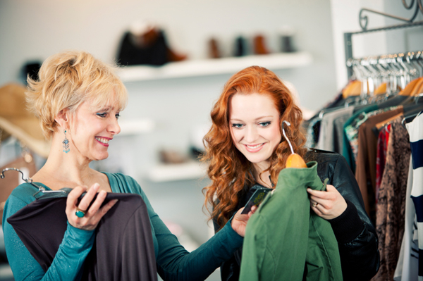 shopping-with-her-mother